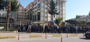 Antalya'da bilirkişi adayları uzun kuyruk oluşturdu
