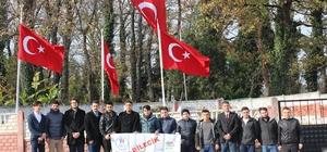 Bilecikli gençlerden Kaymakam Safitürk'ün ailesine ve mezarına ziyaret