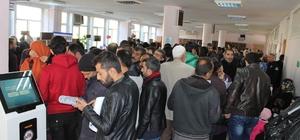 Nüfus müdürlüğünde Suriyeli vatandaş yoğunluğu