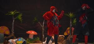 Görele'de tiyatro oyunu sahnelendi