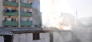 Milas'ta boş depoda yangın çıktı