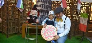 Minikler dünyayı gezmeye Piazza'dan başlıyor