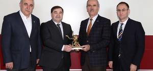 Türkiye Güreş Federasyonu Başkanı Aydın'dan Altepe'ye ziyaret