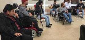 Engelli öğrenciler müzik dinletisi verdi