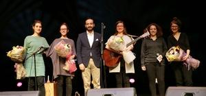 Fraulein Hona'dan keyifli konser