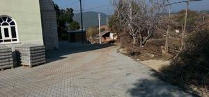 Ahmetli yolları kilit parke ile yenileniyor