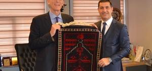 Hollandalı Başkonsolos Schuddeboom, Başkan Ermişler ile bir araya geldi