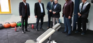 Başkan Toçoğlu, basket takımını ziyaret etti