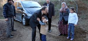 Bafra Belediye Başkanı Şahin evi yanan aileyi ziyaret etti