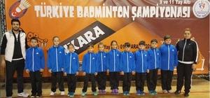 Badminton'ta Edirneli sporcular derecelerle döndü