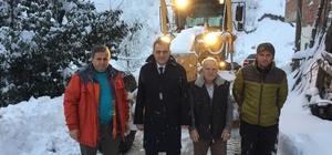 Yomra'da kar nedeniyle kapanan yollar için çalışmalar sürdürülüyor