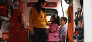 """""""Ambulansa Yol Ver, Hayata Yol Ver"""" kampanyası devam ediyor"""