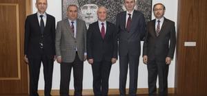 Tayini çıkan vali yardımcıları Rektör Gündoğan'ı ziyaret etti