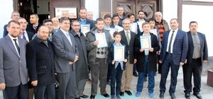 Bölge Yatılı Kur'an Kursu'nda 12 hafız belgesini aldı