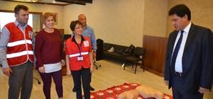Kemer Belediye Personeline ilk yardım kursu
