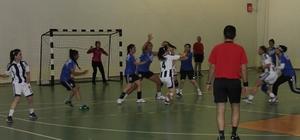 Üniversitelerarası Hentbol 2. Lig Grup birinciliği müsabakaları
