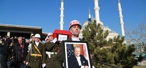 Eski TBMM Başkanı Sezgin son yolculuğuna uğurlandı