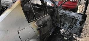 Söke'de seyir halindeki otomobil yandı