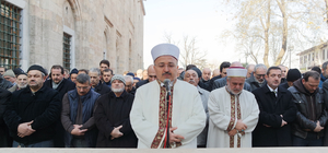Halep'te hayatını kaybedenler için gıyabi cenaze namazı