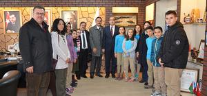 Sandıklı Cumhuriyet Ortaokulundan Belediye Başkanı Çöl'e ziyaret