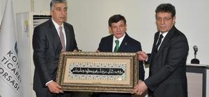 Eski Başbakan Davutoğlu KTB'yi ziyaret etti