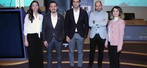 E-Ticaret Farkındalık Zirvesi İzmir'de yapıldı