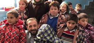 Türkiye'nin en küçük ilçesindeki çocukları mutlu ettiler