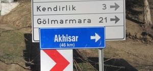 Ahmetli'de yön ve trafik levhaları yerleştirildi