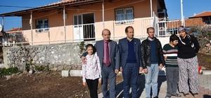 Yunusemre Belediyesi Pelitalan'da yanan evi yeniledi