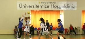 Üniversitelerarası Hentbol Müsabakalarında Siirt Üniversitesi birinci oldu