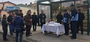 Gercüş Belediyesi kandil lokumu dağıttı
