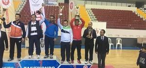 Malatya Büyükşehir Belediyespor tekvando takımı Mersin'de 5'incilik elde etti