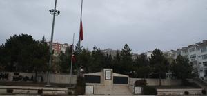 Yozgat'ta milli yas nedeniyle bayraklar yarıya çekildi