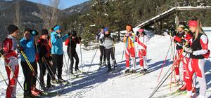 Kayak takımları, Yıldıztepe'de hazırlanıyor
