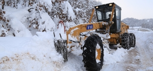 Bursa'da karla kapanan 52 köy yolu açıldı, kapalı 4 yol için çalışmalar sürüyor