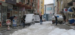 İspir'de kar yağışı