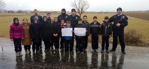 Afyonkarahisar'da öğrenciler polisi ziyaret etti