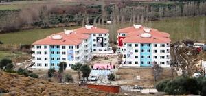 Gökçeada Belediyesi sosyal konutlarının ve çevre düzenlemesi işi tamamlandı