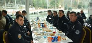 Başkan Acar emniyet mensuplarına moral yemeği verdi