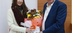 Başkan Toçoğlu öğrenci heyetini makamında ağırladı
