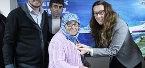 AK Parti Kepez Belde Başkanlığı yeni üyelerine rozet taktı