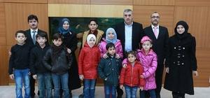Başkan Toçoğlu sığınmacı öğrencilerle bir araya geldi