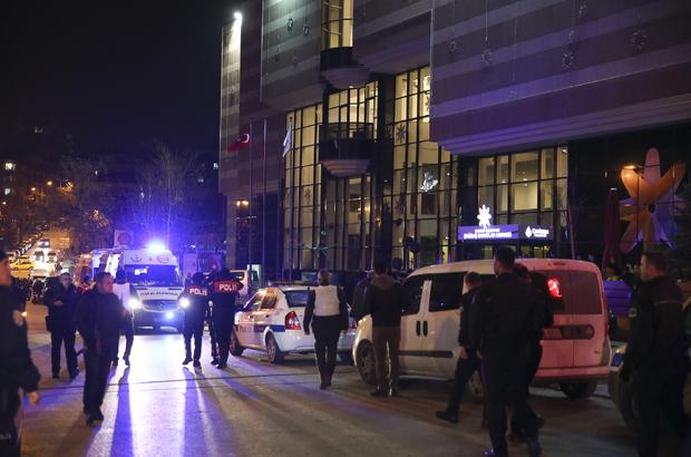 Hürriyet ve Habertürk muhabirleri Rus Büyükelçi'ye saldırıyı anlattı