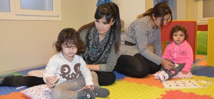 Uysal: 'Bebeklik Döneminde Oyun Şart'