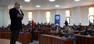 Başkan Akgün, üniversite öğrencilerine kent yönetimini anlattı
