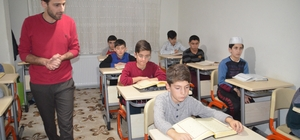 Tosya'da Kuran Kurs öğrencileri şehitler için her gece hatim indiriyor