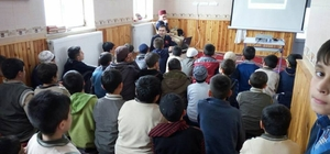 İtfaiye Daire Başkanlığı yatılı yurtta kalan öğrencilere 'Yangın' eğitimi verdi