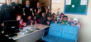 Sulakyurt'ta anasınıfı öğrencileri polisleri ziyaret etti