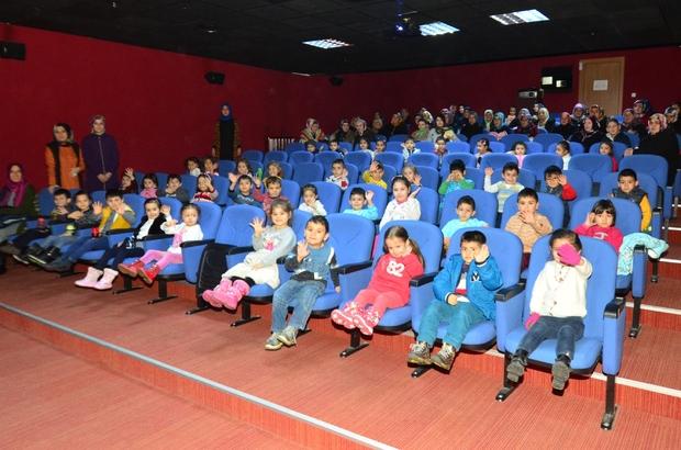 Tebessüm Sineması'nda bin 600 kişi ücretsiz film izledi