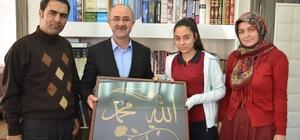 Yenilebilir Sanatlar Projesi ekibi Başkan Gülcüoğlu'nu  ziyaret etti